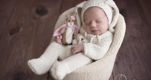 Emma Rhys, Pensacola Newborn Photographer