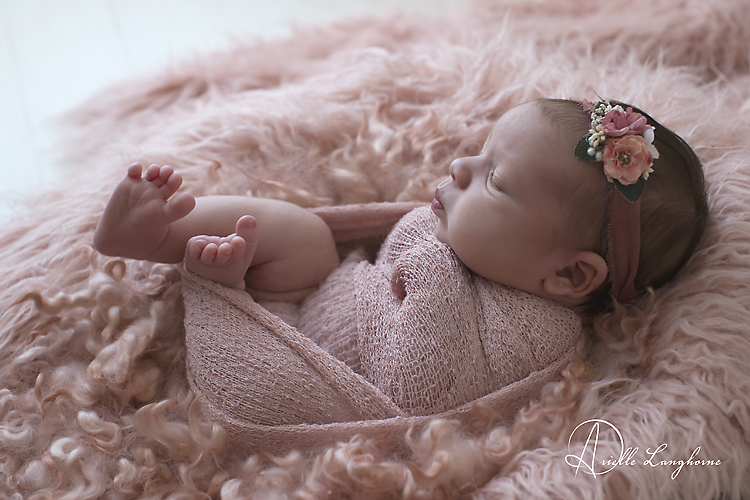 Meliana, baby Luna photographed in Pensacola, Florida