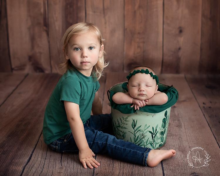 sibling bucket