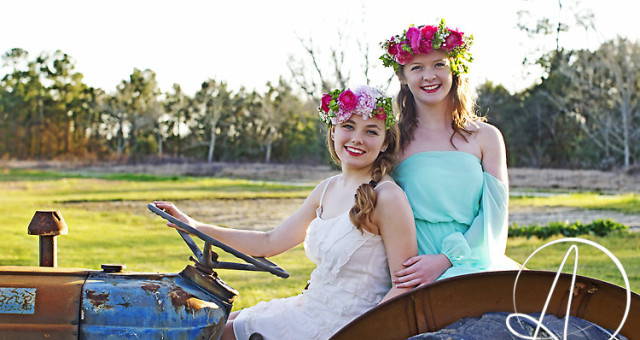 Tori and Sara, Pensacola High school photographer